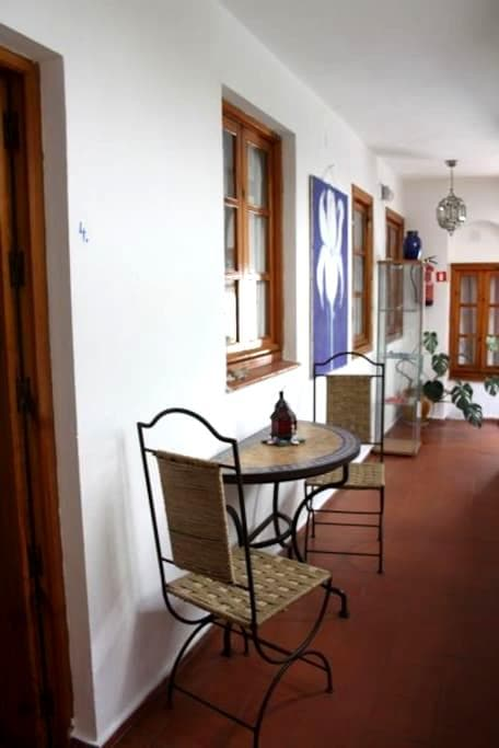 small apartment in center Tarifa - 塔里法 - 公寓