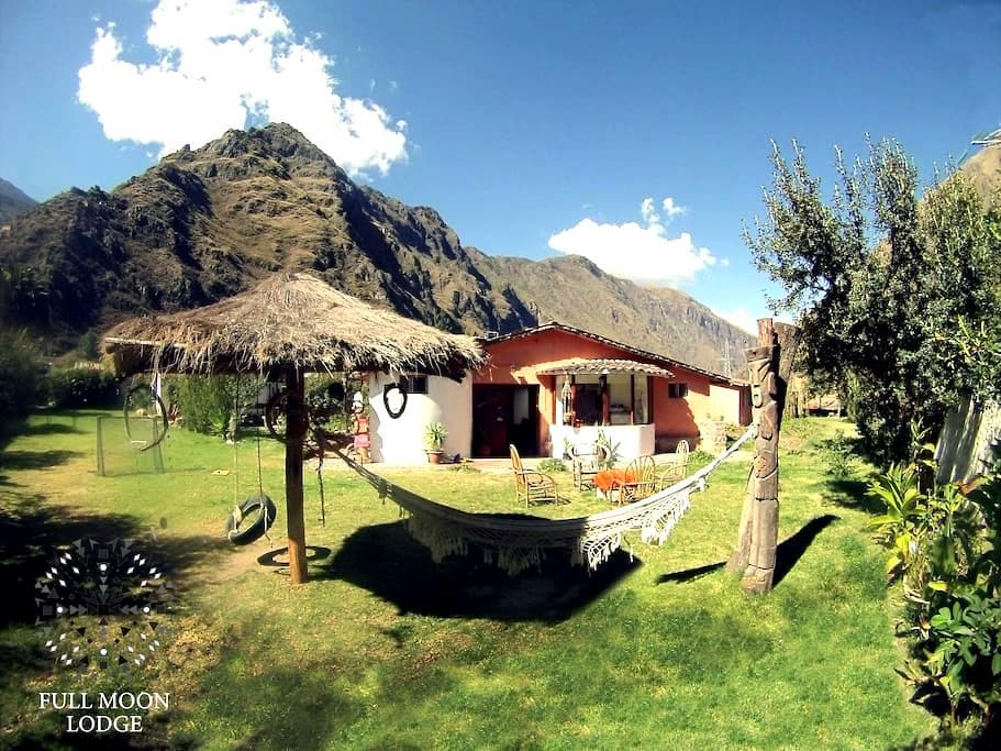 Full Moon Eco Lodge Double Room - Ollantaytambo
