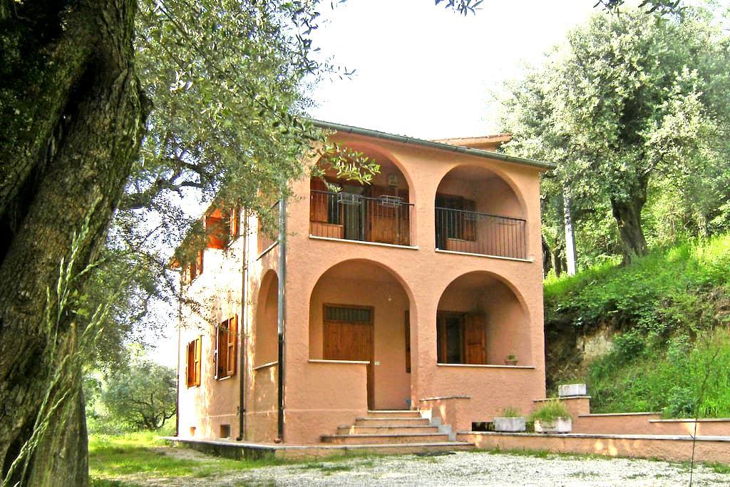Casa vacanze in campagna con vista  - Palombara Sabina - Casa de camp
