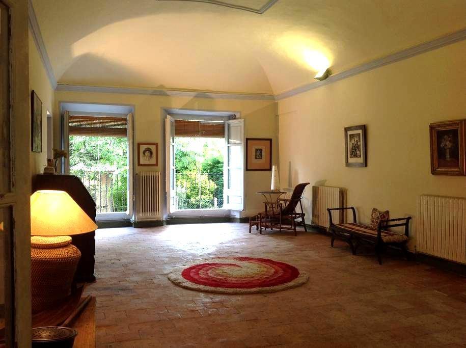 Historic House in Volcanic Park - Argelaguer