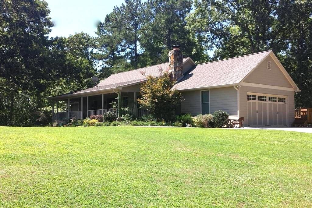 Charming Country Home with Horses - Villa Rica