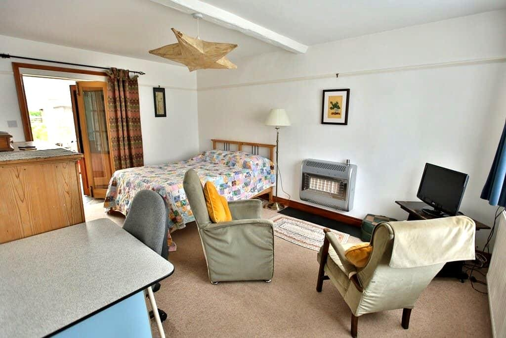 Large double room in seaside house - Wells-next-the-Sea - Casa