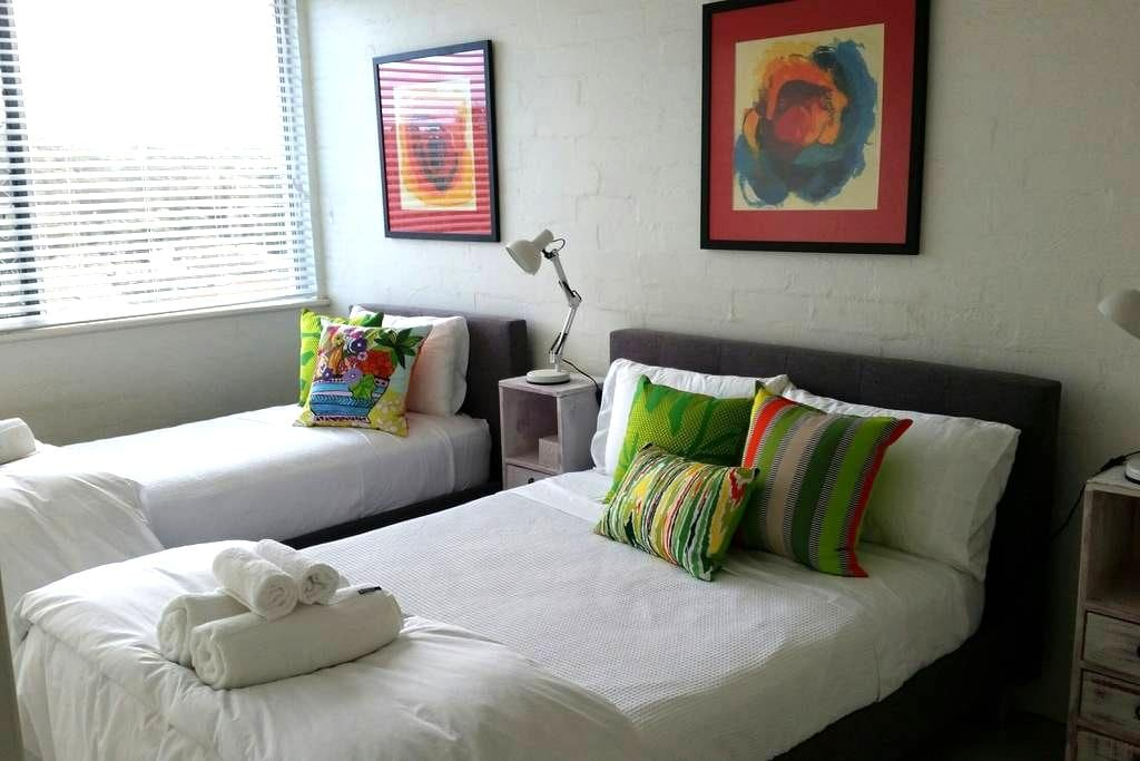Lovely room - Flynns Beach - 2 beds Sleeps 2 max - Port Macquarie - Apartment