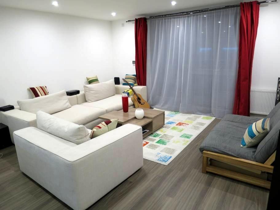 Immaculate zone 1 canalside apartment - Londres - Apartamento