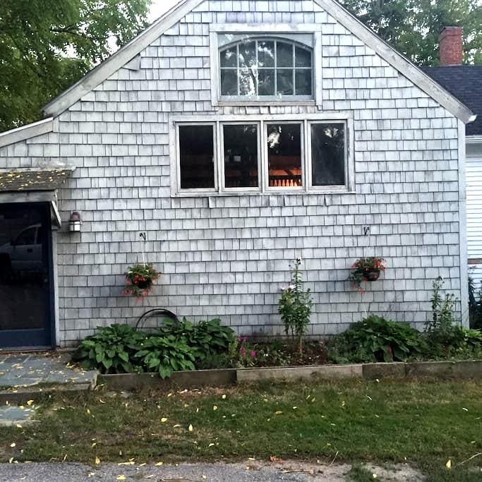 Lovely lofted house near downtown - Newmarket - Σπίτι