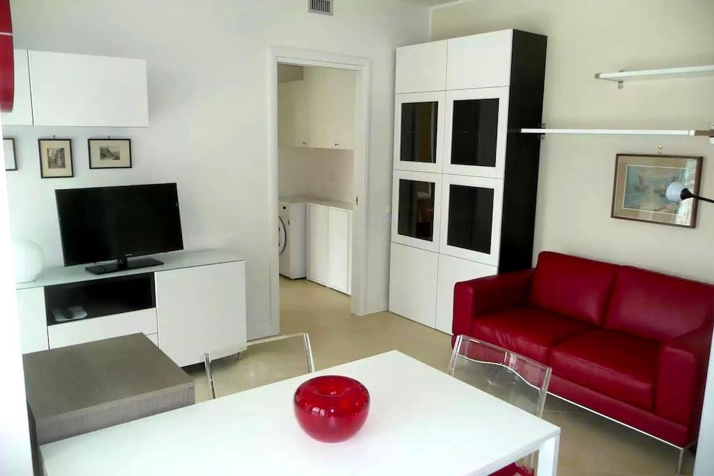New Apartment (65m2), Very Well Furnished ! - San Donato Milanese