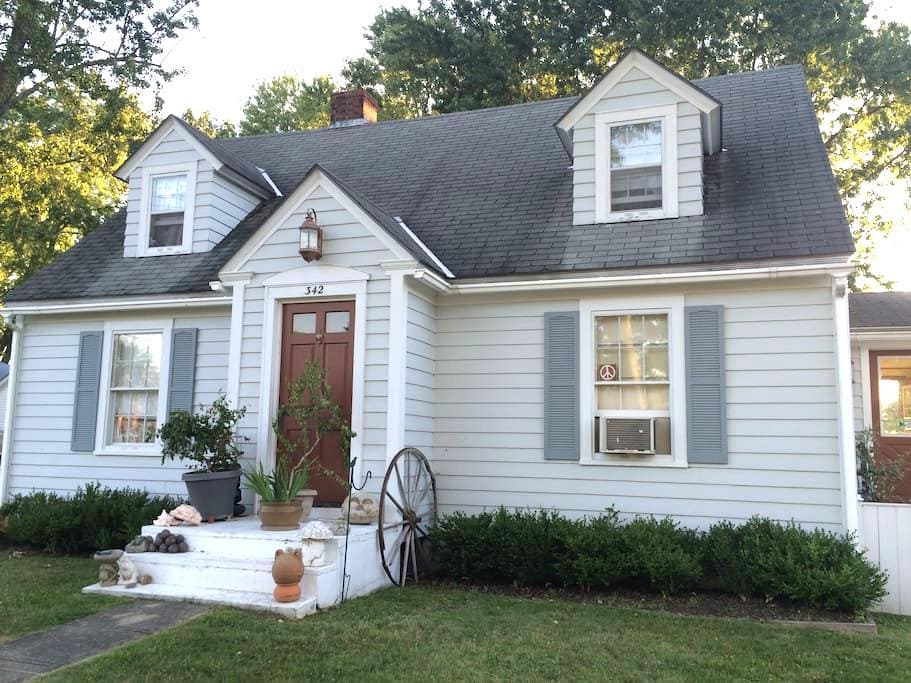 Warm & Cozy, private - Middlebury