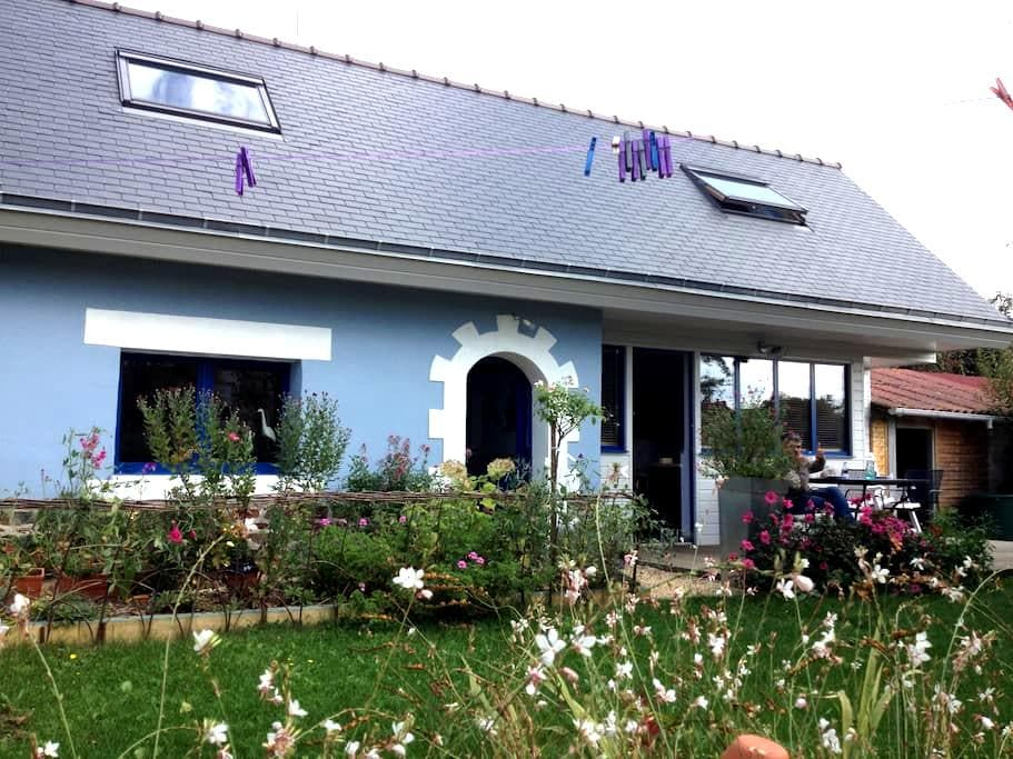 10min walk to the beach, 5-6 guests - Étables-sur-Mer - House