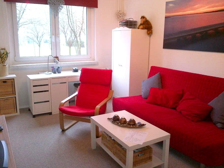 Modern 1-room kitchen-bathroom, sleeps 3-4 - Berlin - Apartament