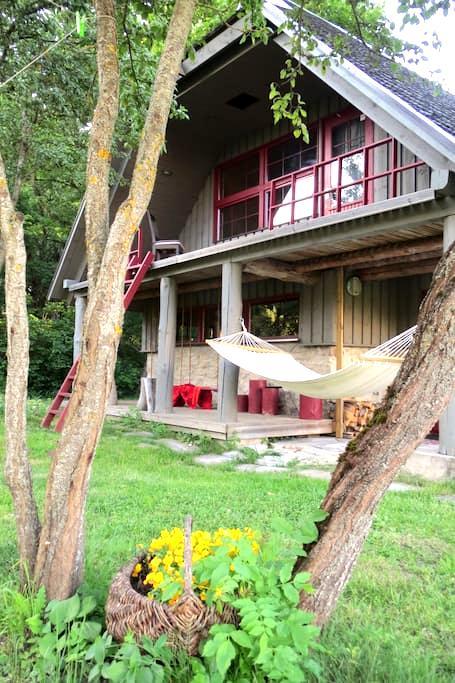 Idyllic Kodade cottage house - Kõera