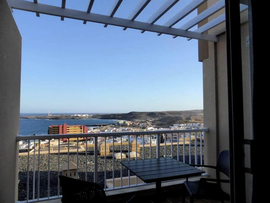 Nice apartment with sea views. - Santa Cruz, Teneriffa - Huoneisto