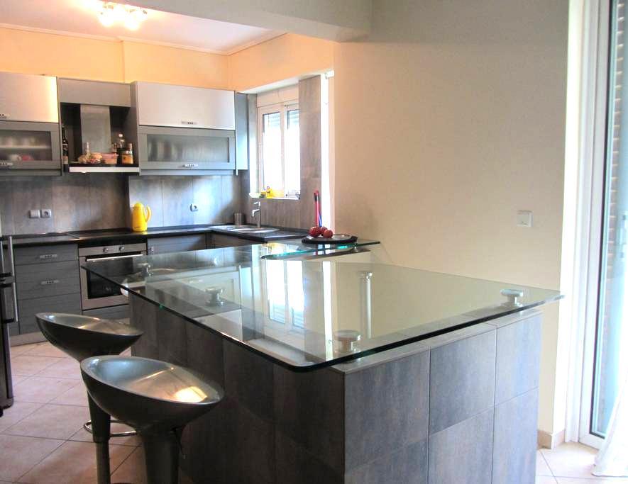 Luxurious Apartment in Upscale area near the Beach - Glifada