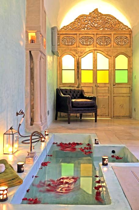 Dar Sabri, suite Or - Nabeul‎ - Bed & Breakfast