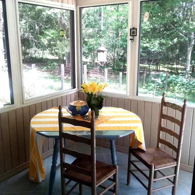 The Bugalow at Shady Oaks - Brooksville - Inap sarapan