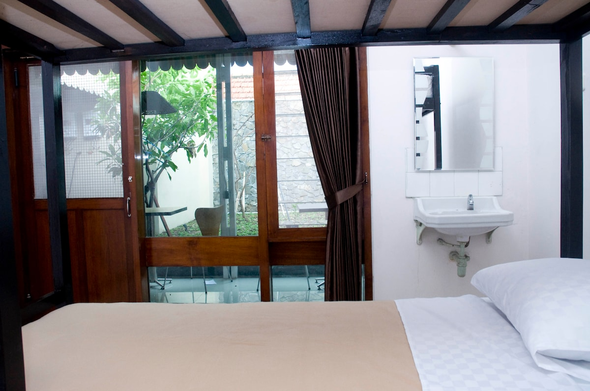 Superior Room Krowi Guesthouse