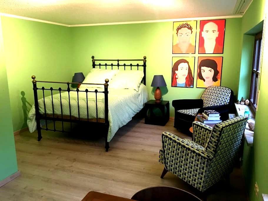 Apartment - contemporary, quiet village location - Erlangen - Daire