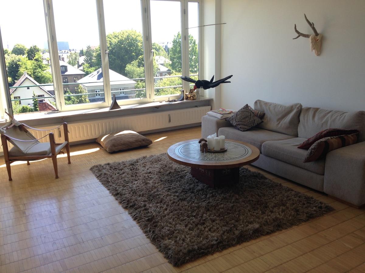 100 m2 Luxurious apt. in Frd. C