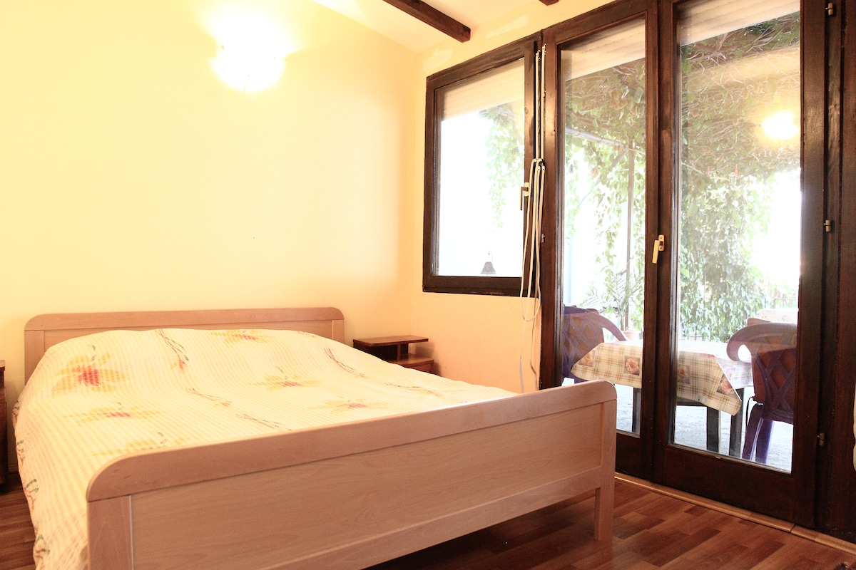 Double room lake view-Villa Saraj