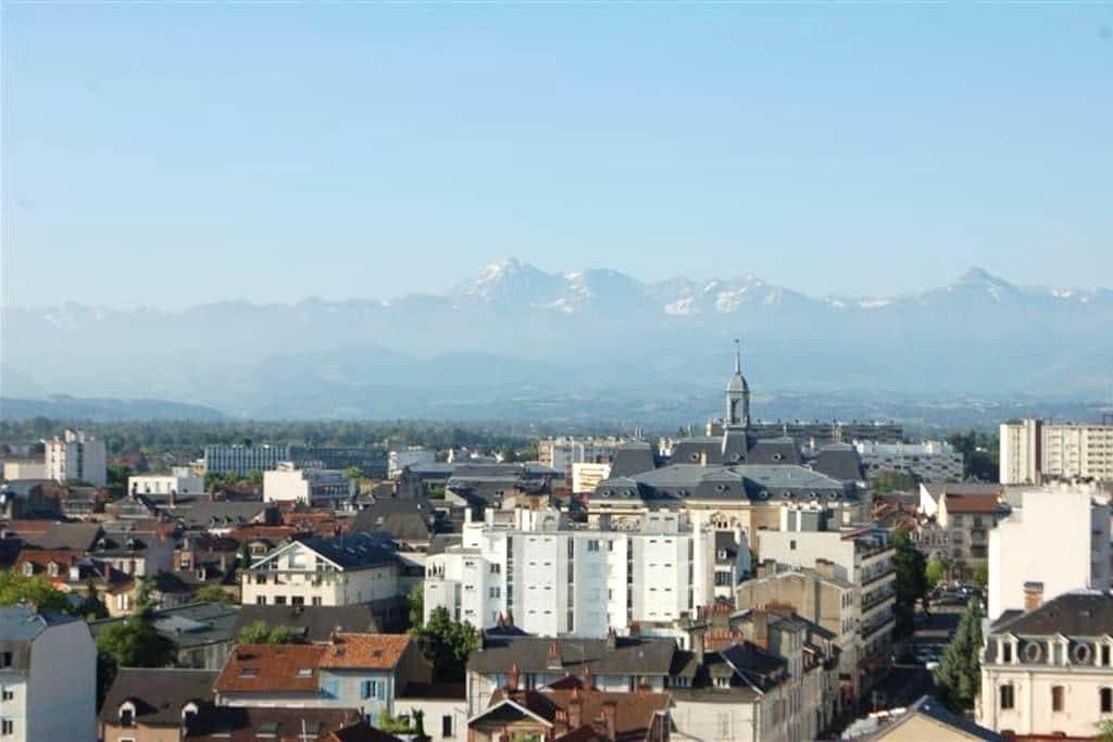 Centre ville vue sur Pyrénées - Tarbes - Apartment