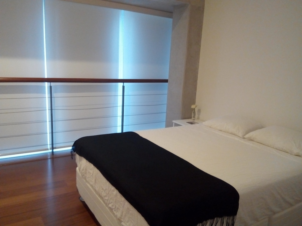 Private room, double bed, bathroom.