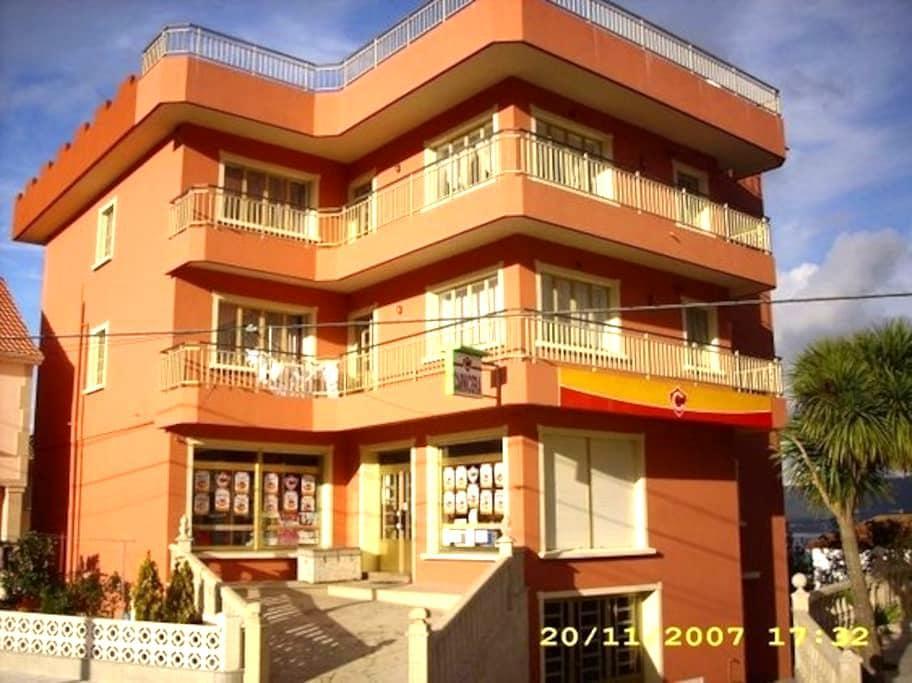 Apartamentos Romaris Playa de Lira-Carnota - Lira