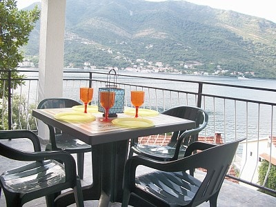 great apartment close to beach