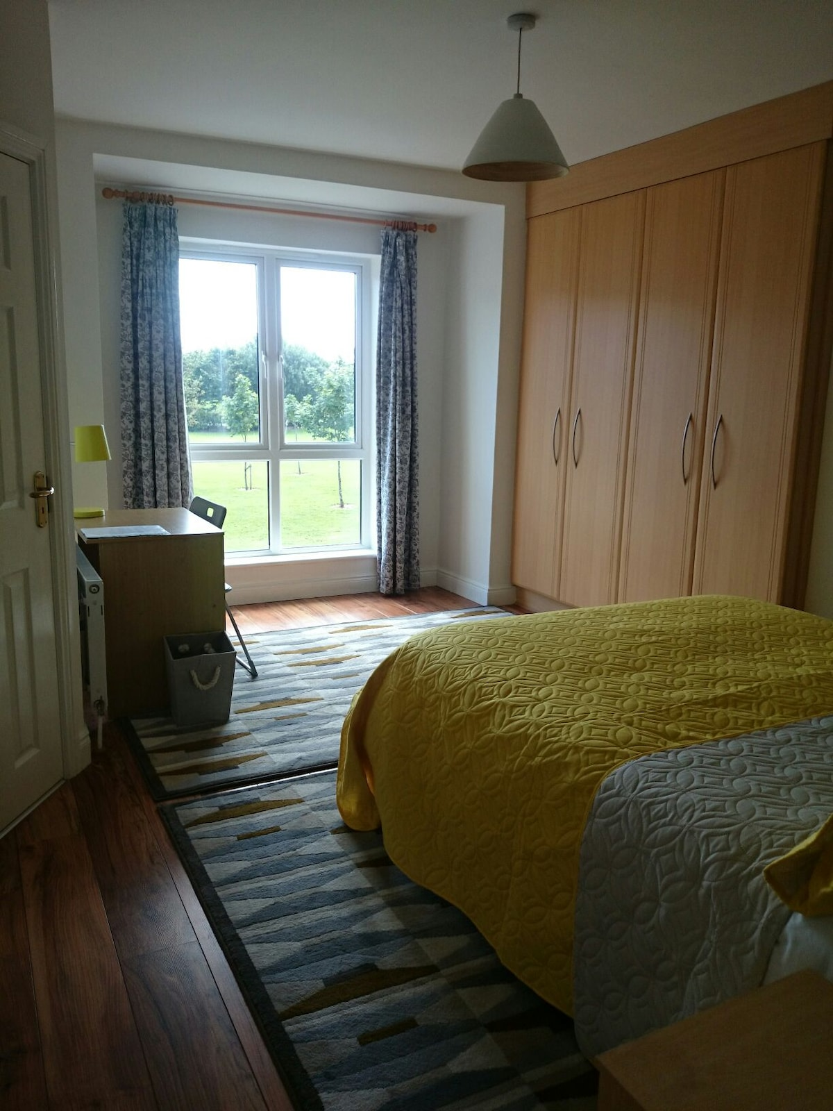 Large double room with own bathroom