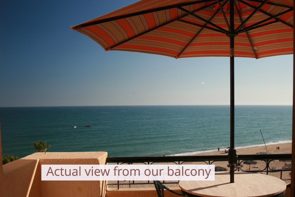 Actual Beach Front Condo-2 bed/bath