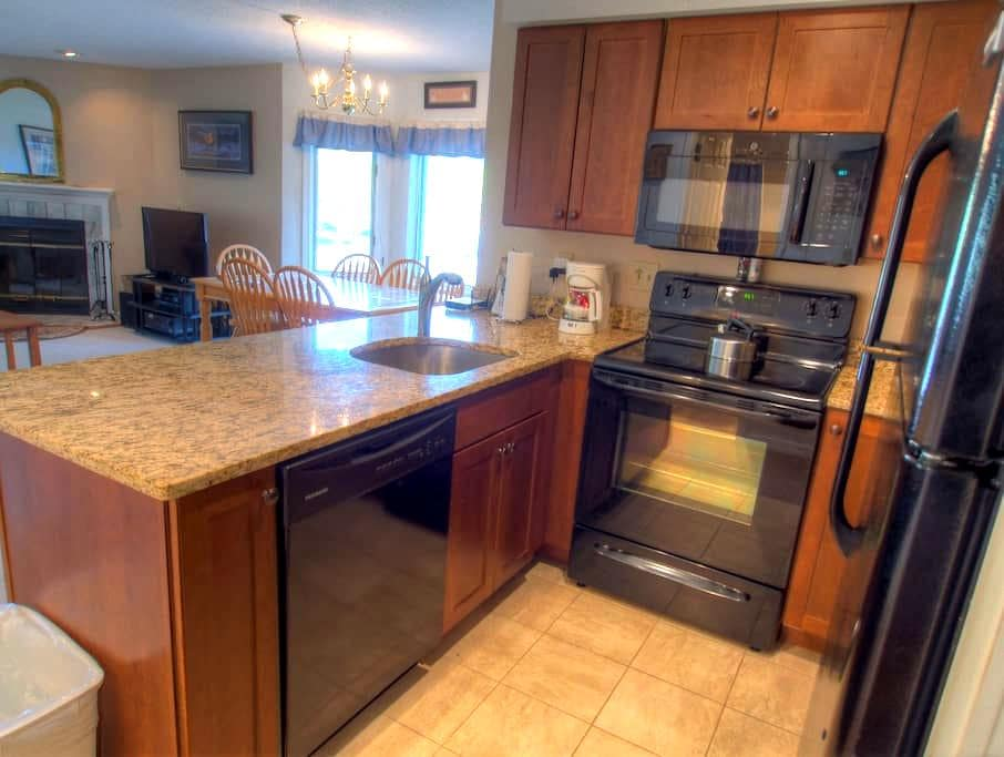 Slopeside Pico Condo - Mendon