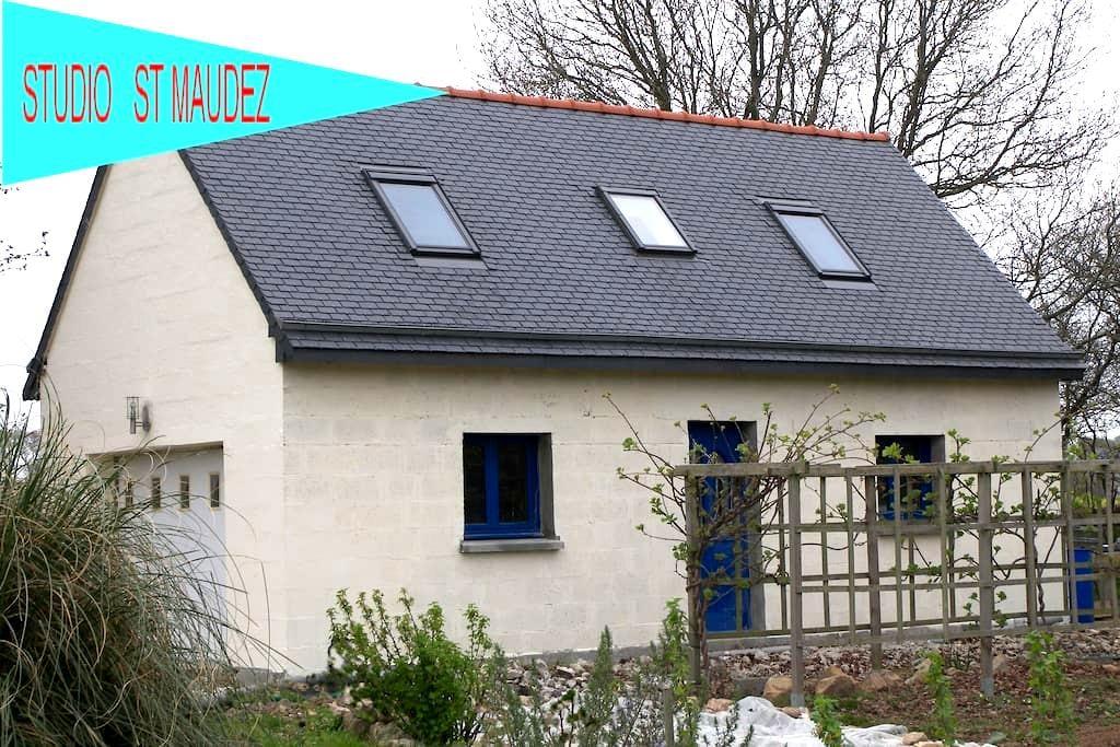 Studio à la campagne - Quemperven - Casa