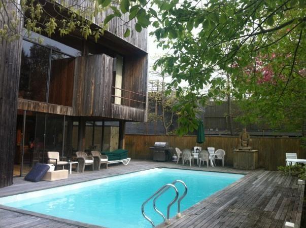 2bd apt in luxury home w/pool,sauna
