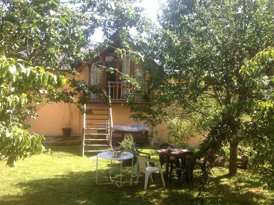 Loft-buhardilla con jardín.  - Villanova - Loft