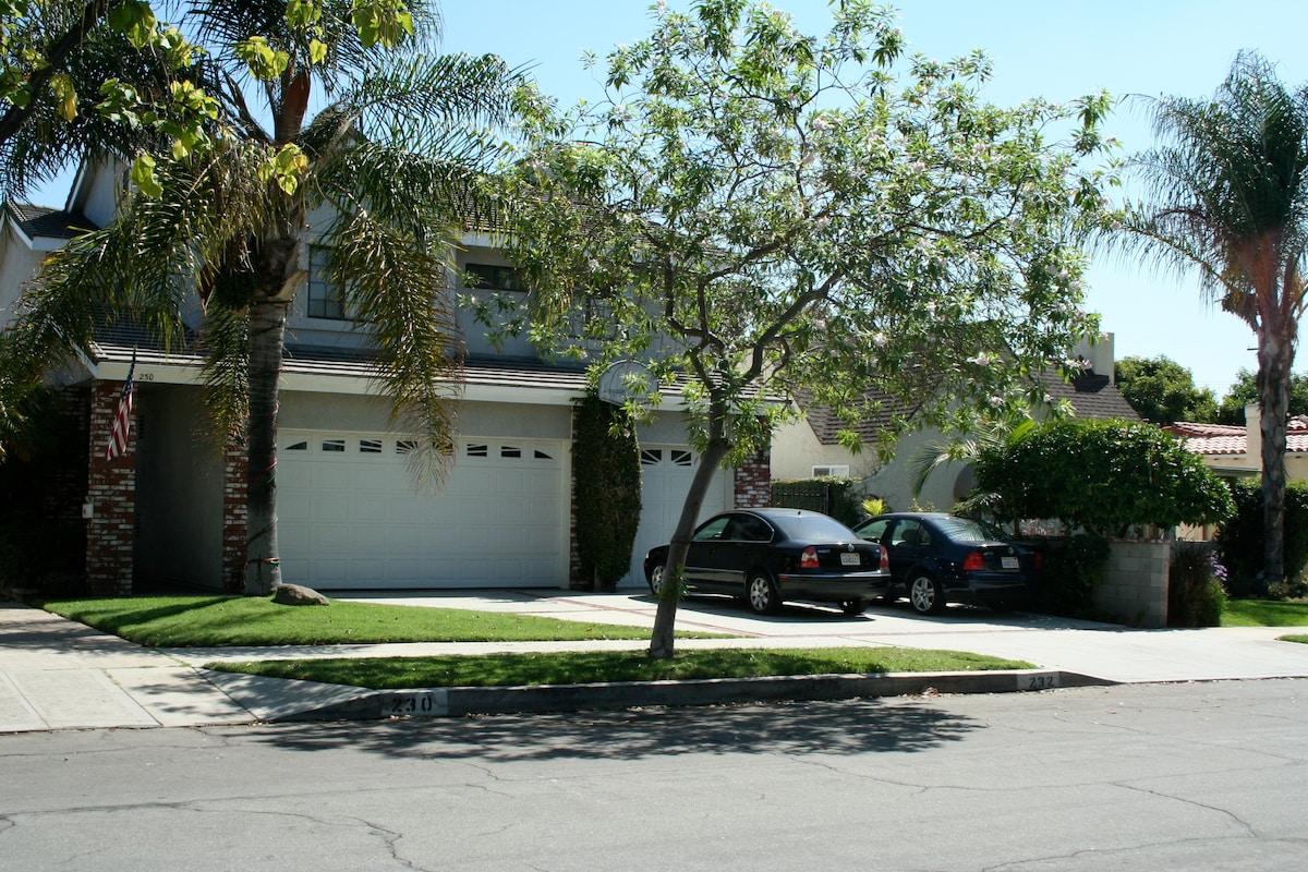 Private Guest House near studios