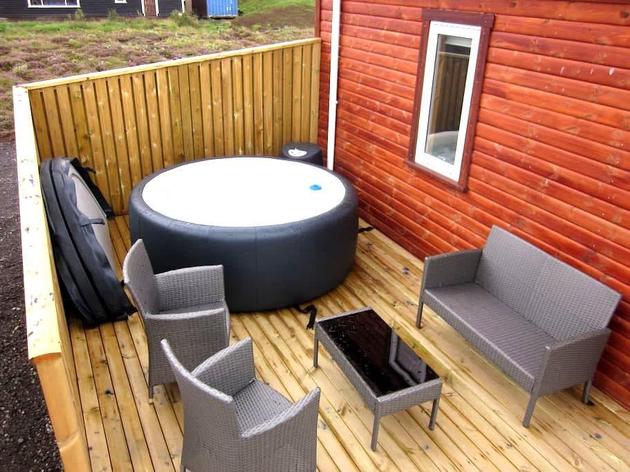 Golden Circle Cabin w/hot tub #20 - Grímsnes- og Grafningshreppur - 小木屋