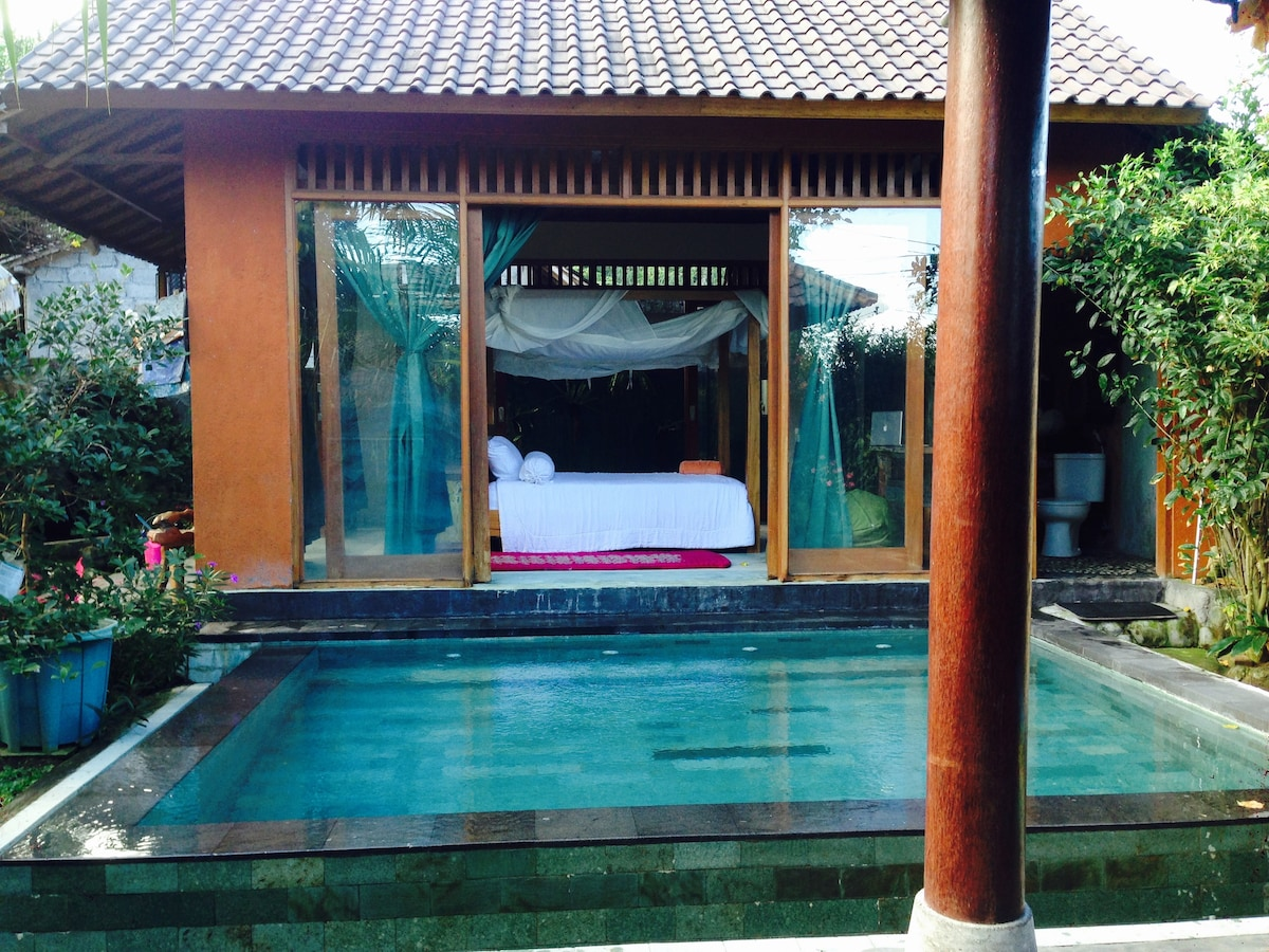 Gorgeous open space love nest! Ubud