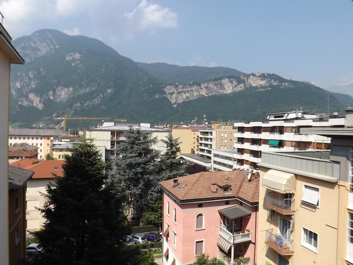 Stanza privata a Trento centro