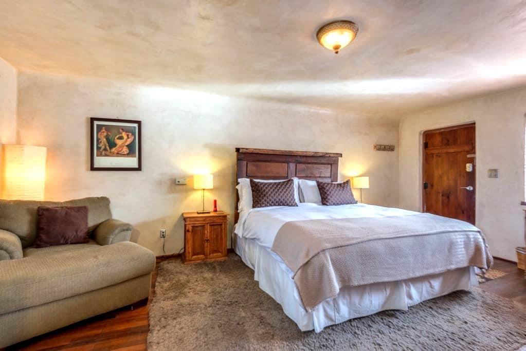 Casita Amor-luxury studio near town - Santa Fe - Apartment