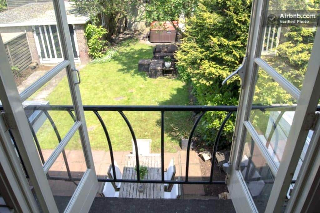 Luxurious bedroom nr Schiphol WiFi - Badhoevedorp - Dom