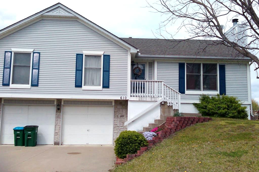 House in Raymore MO - Raymore - Hus