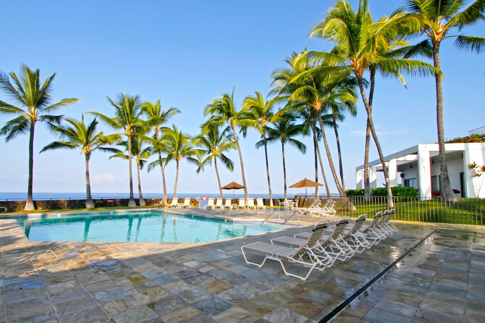 Spacious 1 BR Deluxe in Hawaii!