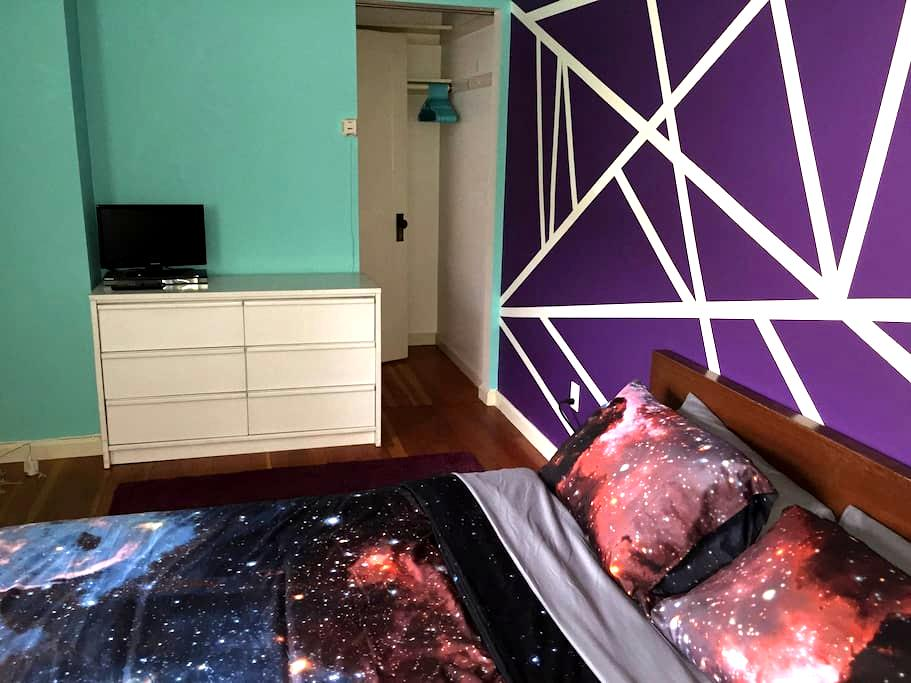 Out of This World Guest House In Trendy NoHo - Los Angeles - Dům