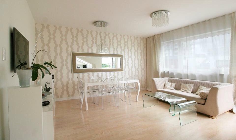 Piękny apartament 5 km od Starówki