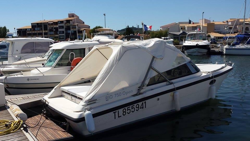 Bateau camp naturiste Cap d'Agde