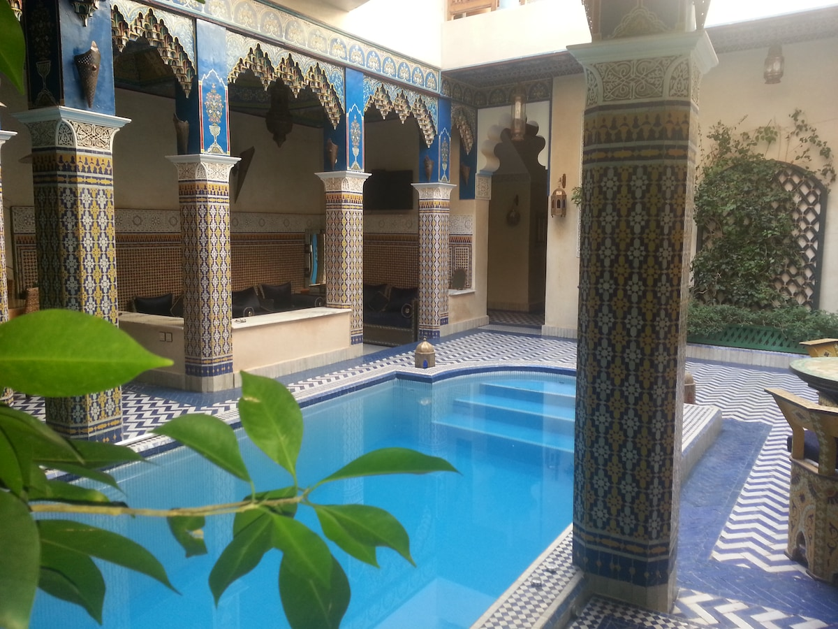 Riad Marrakech  chambre rouge