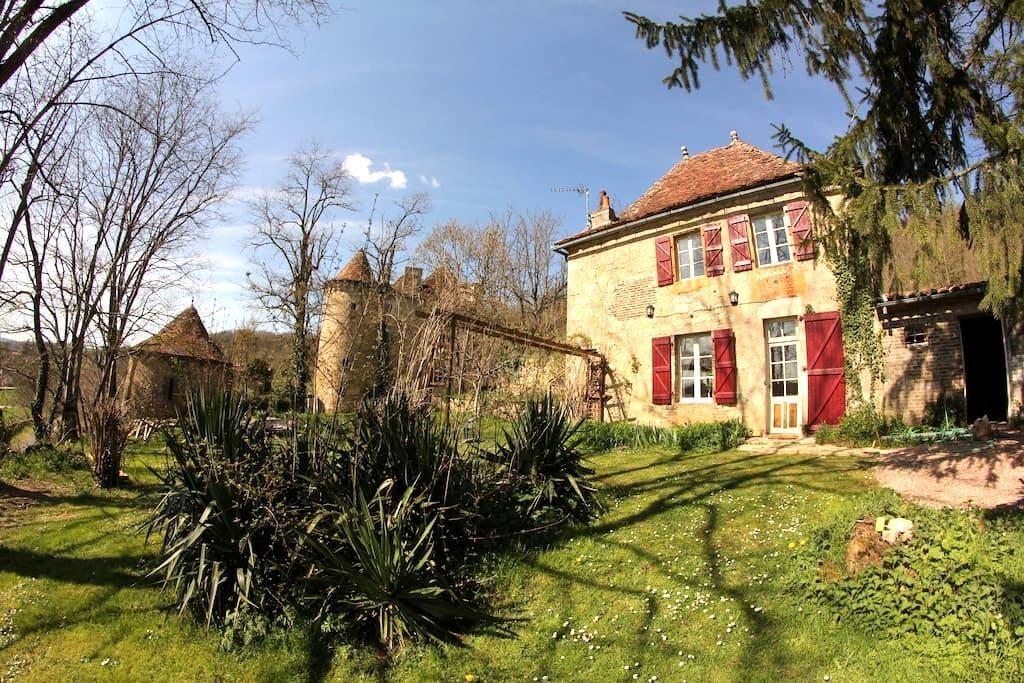 Freycinet cottage(Château St Dau) - Figeac - Rumah