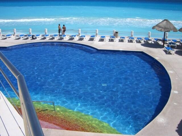 Lovely Beachfront villa in Cancun