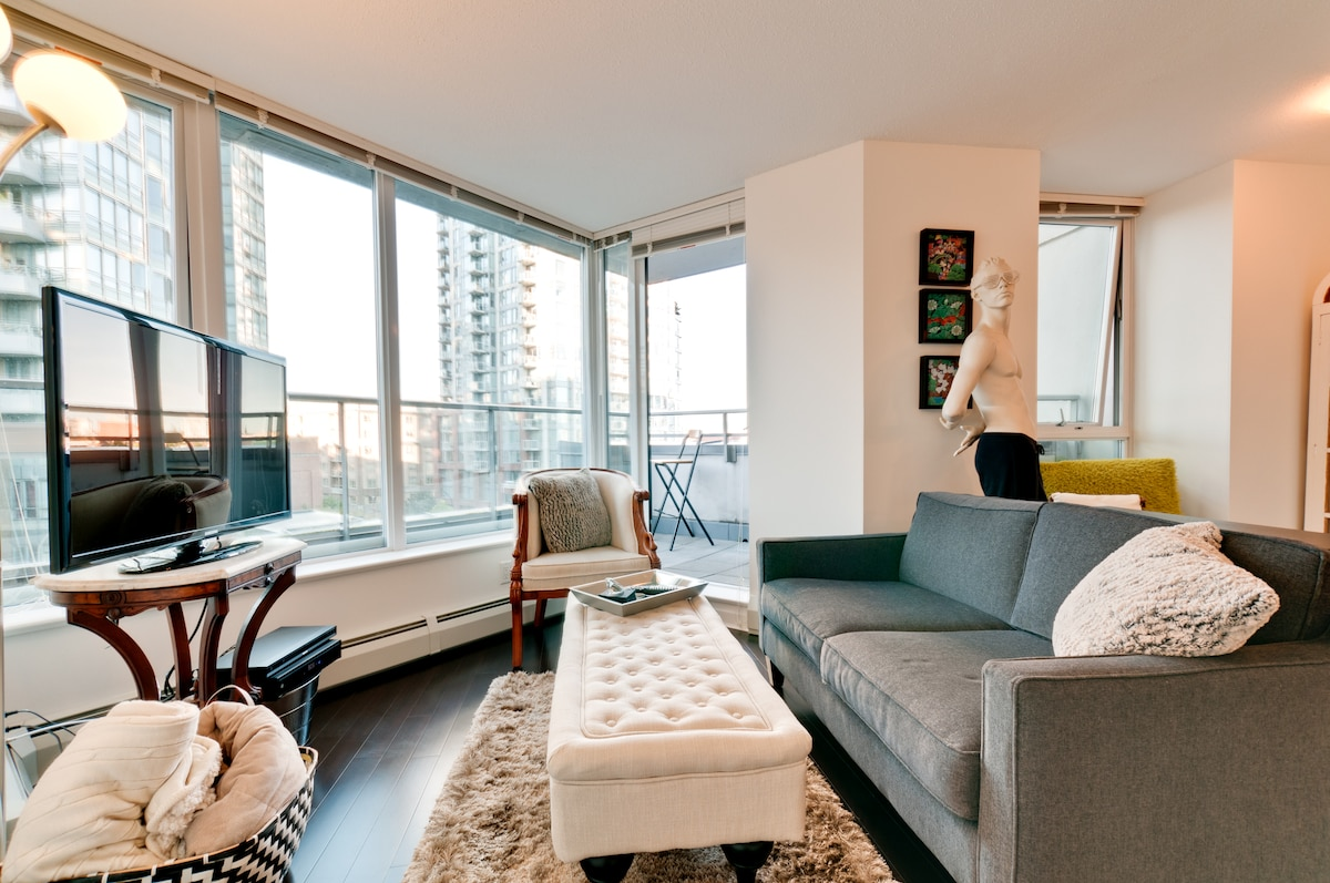 1 Bdrm Apartment Downtown Vancouver