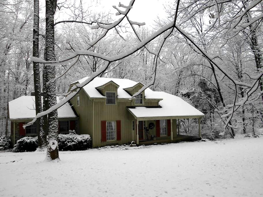 Country house near Floyd Fork Park - 路易斯維爾 - 獨棟
