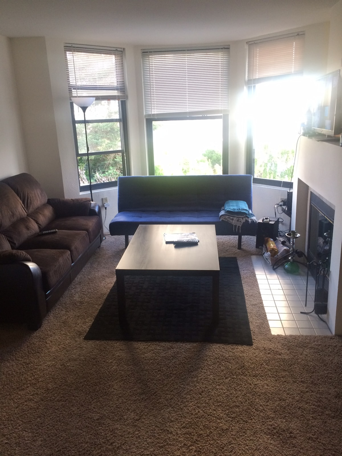 2 bed/2 bath in Heart of SF w/ View