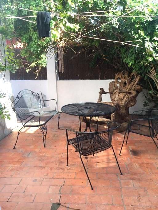 1 Private Rooms (2 Beds) In Villa - campamento - Villa